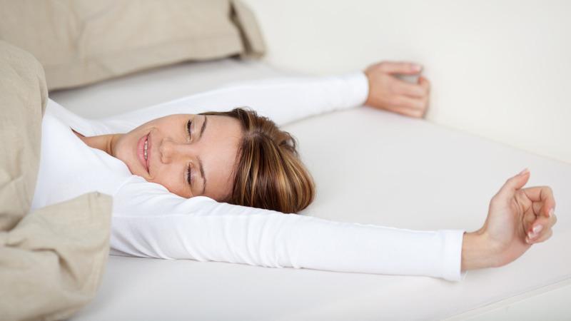 Lage rugpijn tijdens het slapen? Een kinesist aan het woord