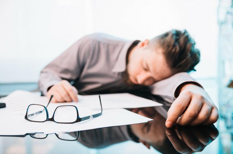Altijd moe? Alles over CVS of chronische vermoeidheid